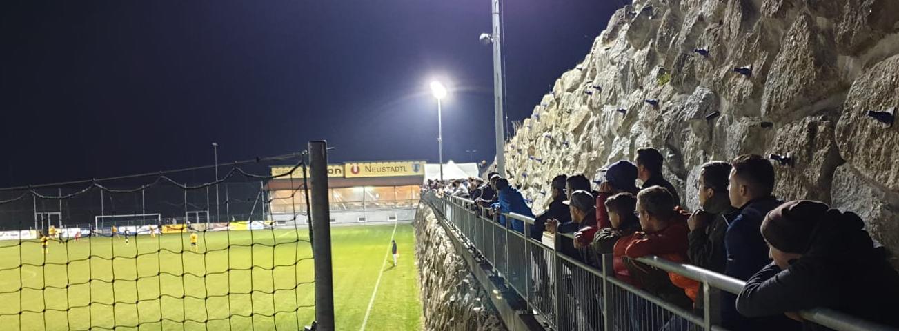 Neustadtl-Fans.jpg